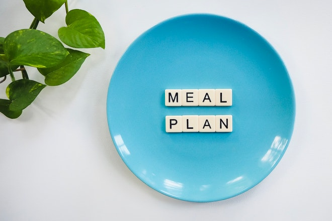 Meal planning as one of the tips to reduce food waste.
