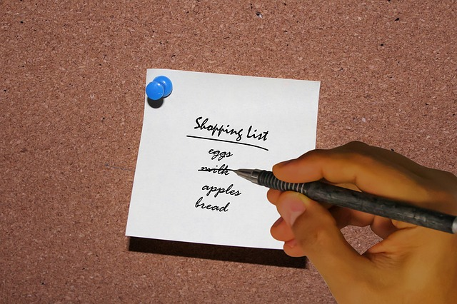 Making a list is one of the eco-friendly tips for Thanksgiving