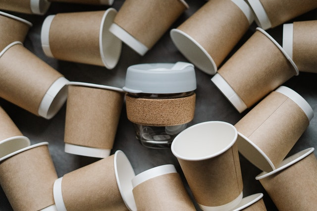 Paper cups which can be used as one of the eco-friendly gift packaging ideas.
